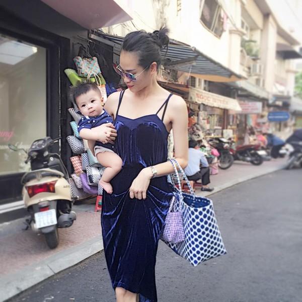 Sau chăn con công, giới trẻ Việt lại