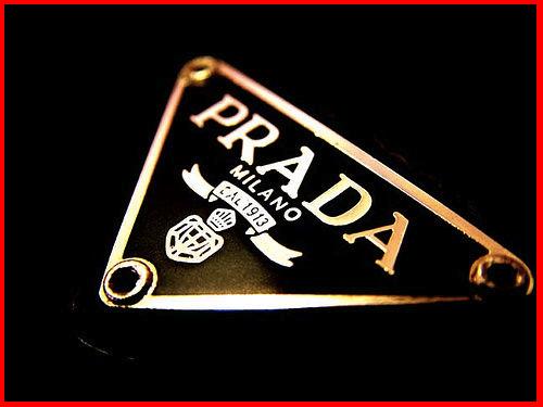 Đam mê túi xách hiệu Prada