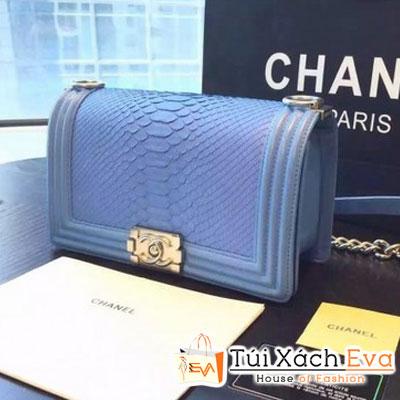 Túi Xách Chanel Boy Siêu Cấp Da Rắn Màu Xanh Biển Khóa Bạc Đẹp