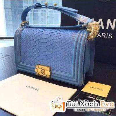 Túi Xách Chanel Boy Siêu Cấp Da Rắn Màu Xanh Biển Khóa Vàng Đẹp