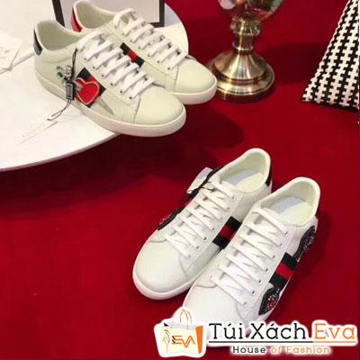Giày Gucci Super Thiêu Mũi Tên Màu Trắng