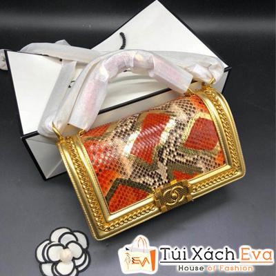 Túi Xách Chanel Boy Da Rắn Khóa Vàng Màu Vàng Đồng
