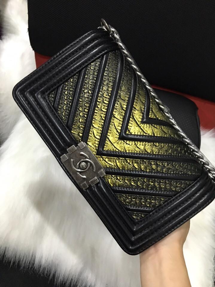Túi Xách Chanel Boy F1  Ánh Vàng
