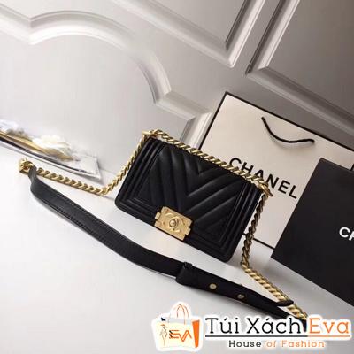 Túi Xách Chanel Boy Siêu Cấp Vân V Da Hạt Khóa Vàng Khè