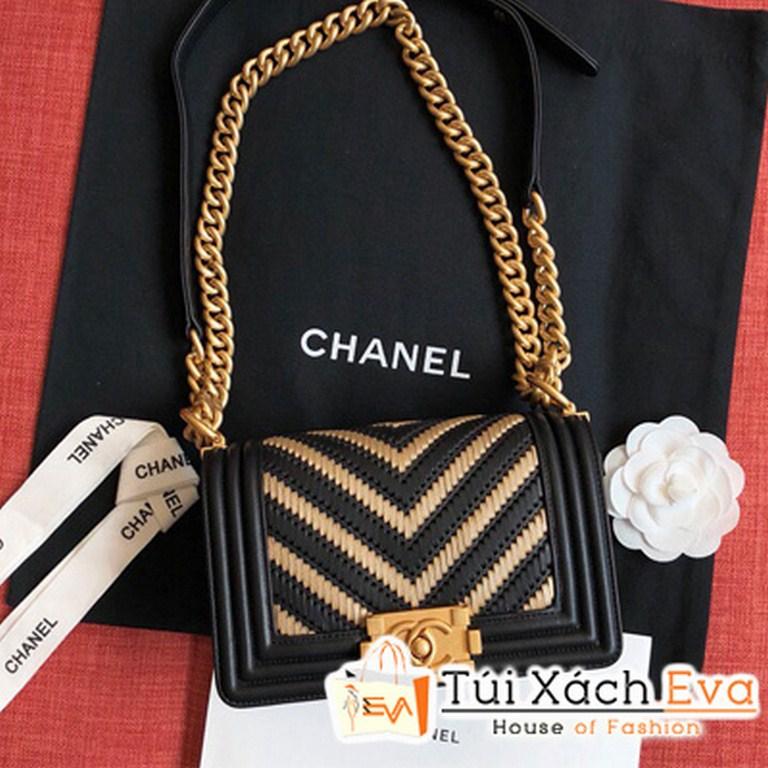 Túi Xách Chanel Boy Sọc V 2 Màu