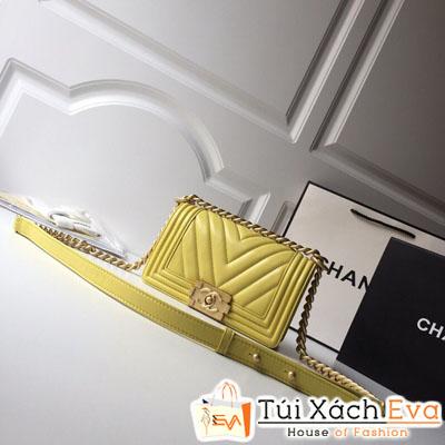Túi Xách Chanel Boy Vân V Siêu Cấp Da Lì Khóa Vàng Khè Màu Vàng