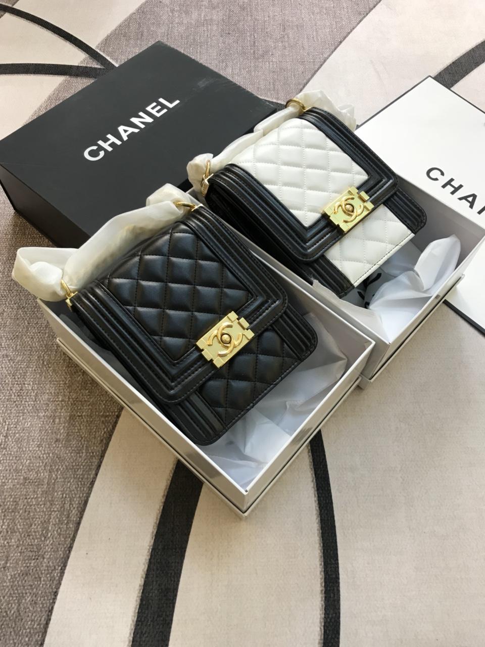 Túi Xách Chanel Super Sale Đựng Điện Thoại Màu Đen