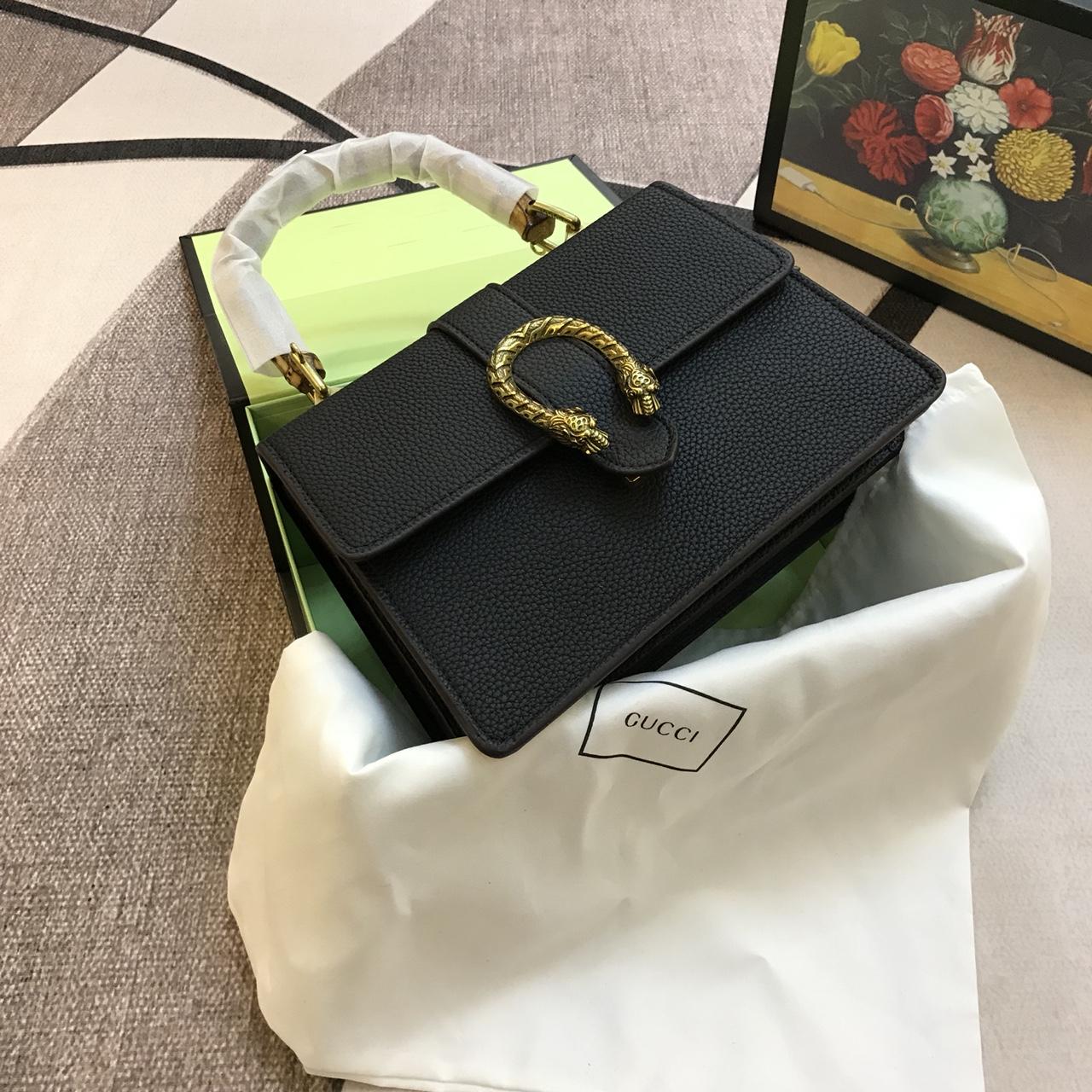 Túi Xách Gucci Super Sale Khóa Đầu Rắn Quai Trúc Màu Đen